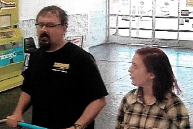 Missing  student Elizabeth Thomas spotted at Wal-Mart: VIDEO