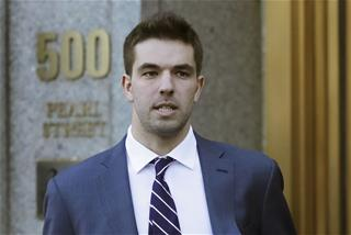 Scam artist behind Fyre Festival learns his fate: Top Story