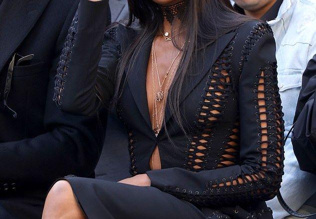 Hot Pics: Naomi Campbell stuns at L'Oreal Paris runway show