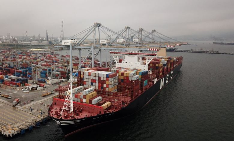 DP World Yarimca port in Kocaeli hosts one of world's biggest container ships 1