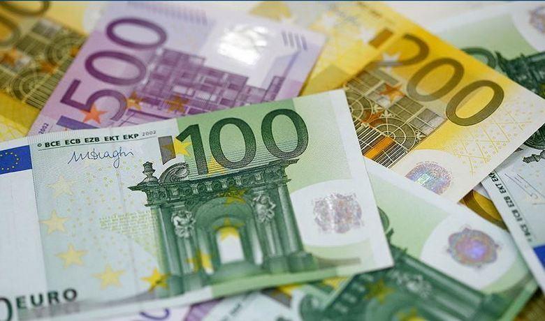Europe's economic sentiment up in June 1