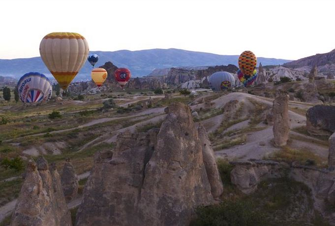 Turkey: Hot air balloons up in the skies after months 1