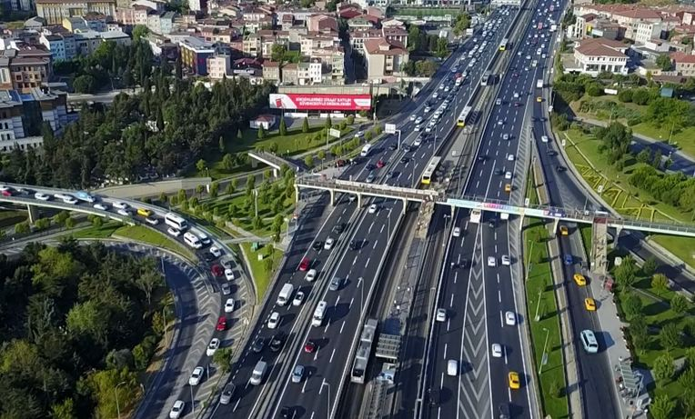 Turkey introduces new regulations to counter unregulated price hikes in secondhand car market 1