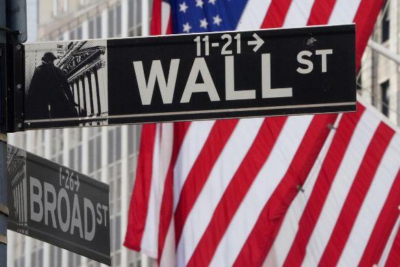 Global stocks advance on coronavirus treatment hopes, dollar slips 1