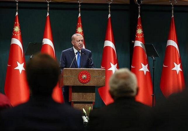 Turkey: Strict new measures announced to fight virus 1