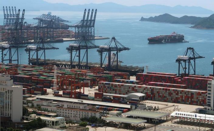 China's imports, exports surge as global economy reopen 1