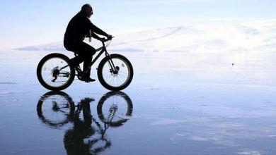 Turkey: Ice-cycling awaits nature lovers at Cildir Lake 23