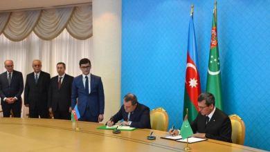 Azerbaijan, Turkmenistan sign deal on Caspian hydrocarbon field 9