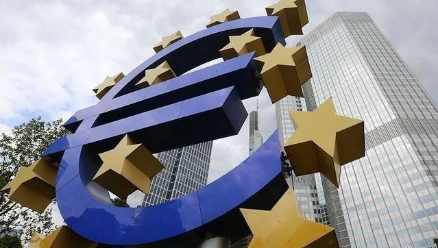 Eurozone manufacturing growth accelerates in December 1