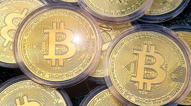 Bitcoin Tops $40,000 for the First Time, Pushing the Value of the World's Cryptocurrency Over $1 Trillion 1