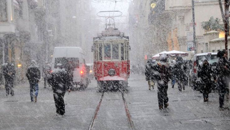 The first snow of the year will fall on Istanbul between 18-22 January 1