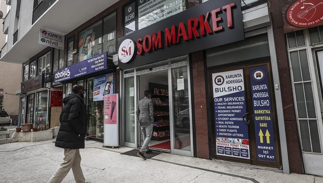 Somali shops bring color to Turkish capital 1