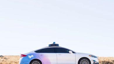 Toyota is buying Lyft's autonomous car division for $550 million 7