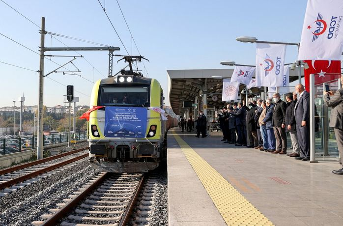 845 freight trains pass Istanbul's Europe-to-Asia subsea tunnel 1