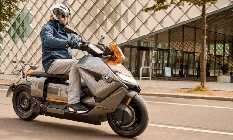 BMW unveils its crazy, futuristic 75 mph electric scooter 1