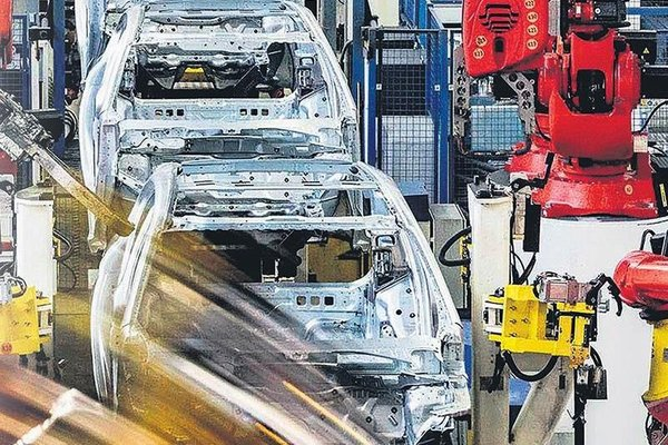 Cars produced in Turkey dominate the hatchback and SUV market 1