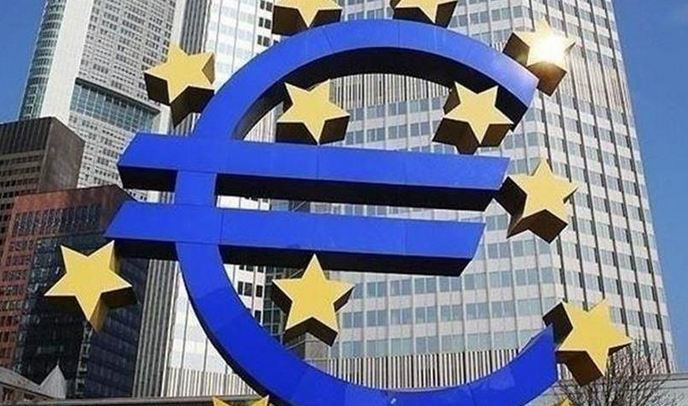Pandemic fallout wreaks havoc with EU governments' deficits, debts 8