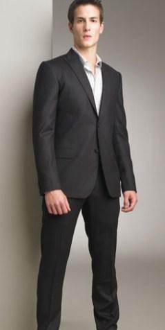 Lex Luthor usa este costume Dolce & Gabbana