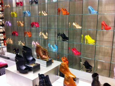 Sapatos caros sem nada de especial.