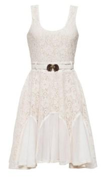Vestido de R$227,00 por R$50,00