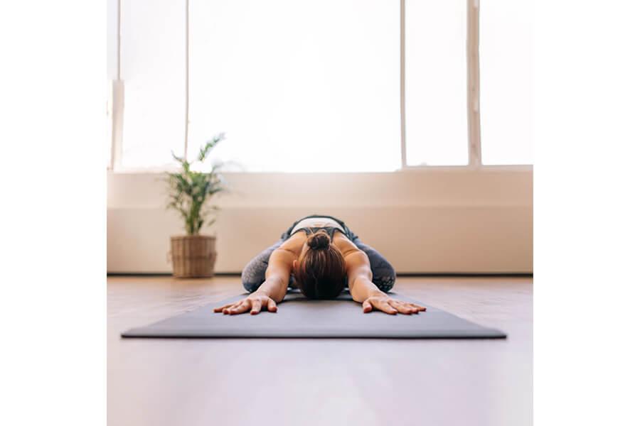 postazione yoga in casa