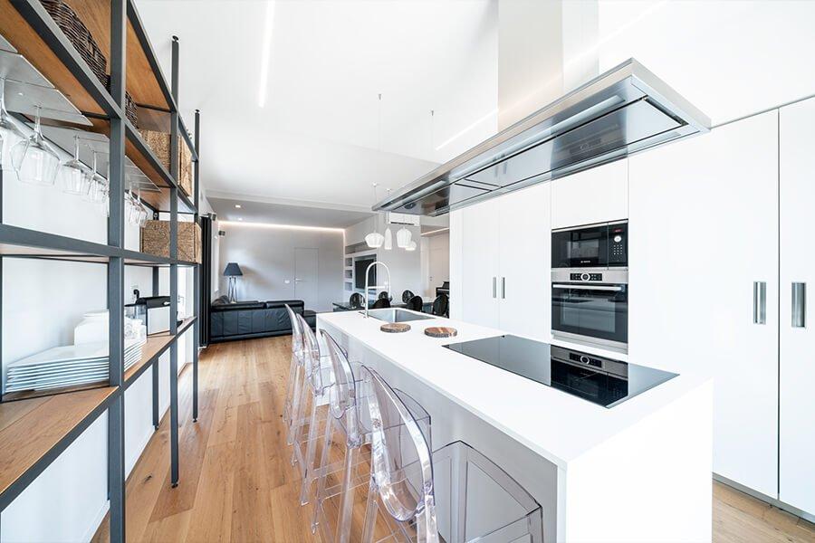 cucina su pareti contrapposte