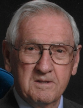 Howard Elwood Rosser, 94