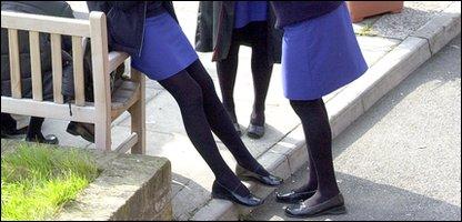 girls in short mini skirts