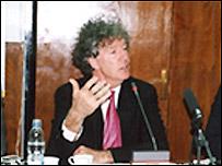 جان کين استاد علوم سياسی دانشگاه وست مينستر