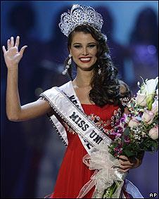 Fernández se convierte en la sexta venezolana que gana el certamen de belleza.