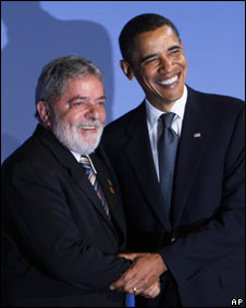 https://i2.wp.com/www.bbc.co.uk/worldservice/assets/images/2009/09/25/090925075236_lula_obama226_283s.jpg