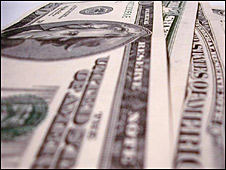Dólares estadounidenses.