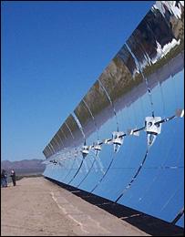 Espejos solares. Imagen: Renewableenergyaccess.com