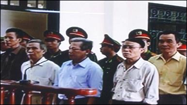 Các nhân vật bất đồng chính kiến tại tòa 9/2009