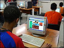 Estudiantes de informática en Cuba (Foto: Raquel Pérez)