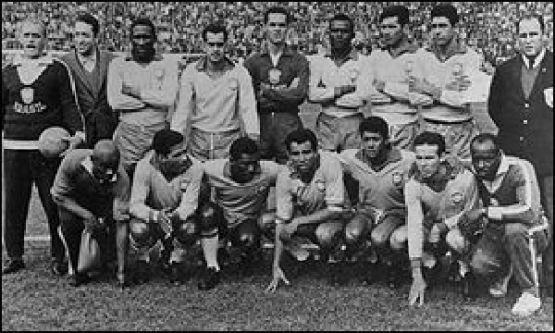 Mesmo com Pelé contundido, seleção conquista o título