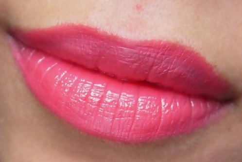Bourjois Rouge Edition Fraise Remix review and swatches