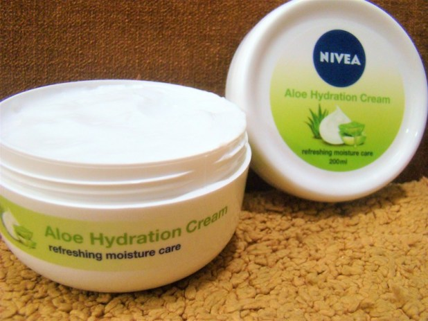 Nivea Aloe Body Cream Refreshing Moisturiser Review Price Photos
