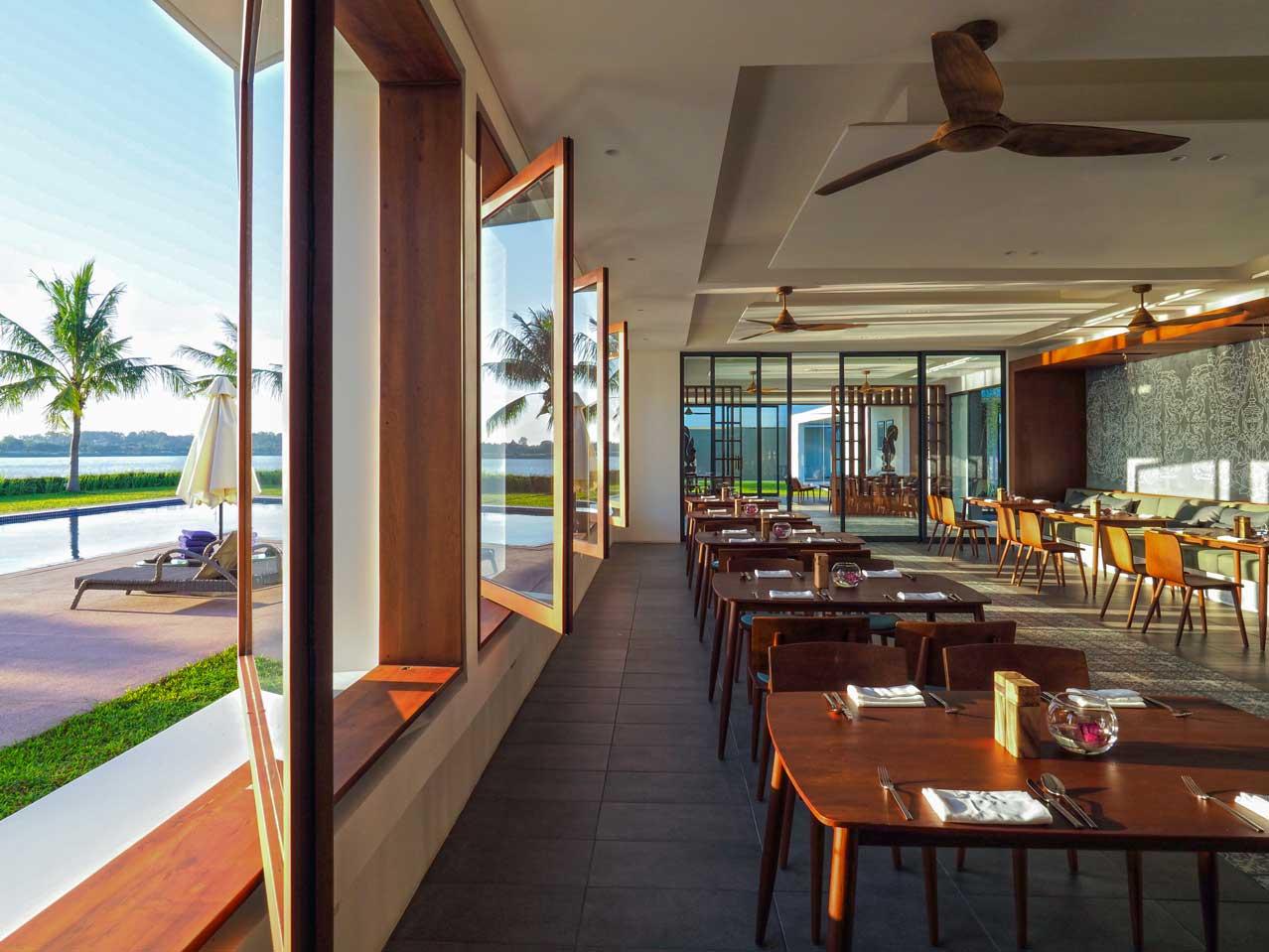 the bale phnom penh cambodia theato restaurant
