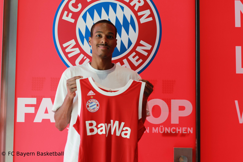 Bayern zittern sich zum Auftaktsieg