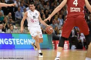 DE - Action - Telekom Baskets Bonn - Anthony DiLeo