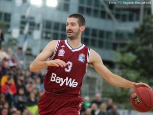 DE - Action - FC Bayern Basketball - Braydon Hobbs
