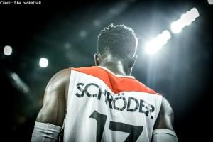 EuroBasket 2017 - Action - Deutschland - Dennis Schröder Rückansicht