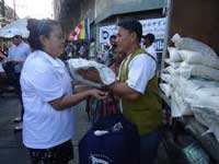 Relief assistance to Philippine flood victims by Buddhist foundation