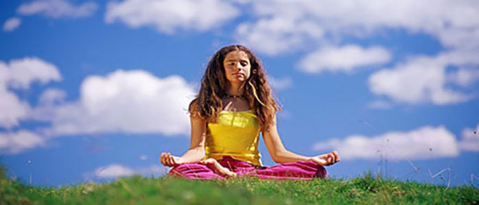 The primary reason why many people meditate is simply to enhance focus, calm their minds and eventually attain that higher awareness level and inner calm. It is possible to meditate anywhere and anytime because there is really no appropriate set time, ideal for meditation. However, not many people know exactly how to meditate.  So, here is the guide on how to meditate and most important reasons to breathe deeply while meditating.  How To Meditate First it is advisable for one to select a peaceful environment for their meditation. This will allow you to effectively focus on the meditation task because there will be no distraction that will bombard your mind and claim attention. It is also important to wear comfortable clothes because you have to be physically comfortable to avoid the distractions. Decide the duration at which the meditation will take place and make sure that you are sitting in a comfortable position that will not cause any distraction. Close your eyes while meditating especially if you are a beginner, it will help you concentrate more by blocking any external visual distractions.  Deep Breathing Follow your breathing and take those very deep breaths slowly. Draw in as much air as you can and fill your lungs through your nose then slowly let it out through your mouth. The feeling is good and you will feel the oxygen being saturated within your body. Why should you breathe deeply? Outlined below are five reasons why you should breathe deeply.  1. Helps in Weight Loss  Deep breathing enables you to draw more air into your lungs which will in turn transport more oxygen into the heart. This has been known to increase the cardiovascular capacity leading to more oxygen being delivered to the cells the same way one does an aerobic exercise. The cells then in turn encourage fat burning as opposed to storing large amounts of glycogen.  2. Helps In Detoxification  The lymphatic system is usually responsible for getting rid of the body of toxins and any waste fr