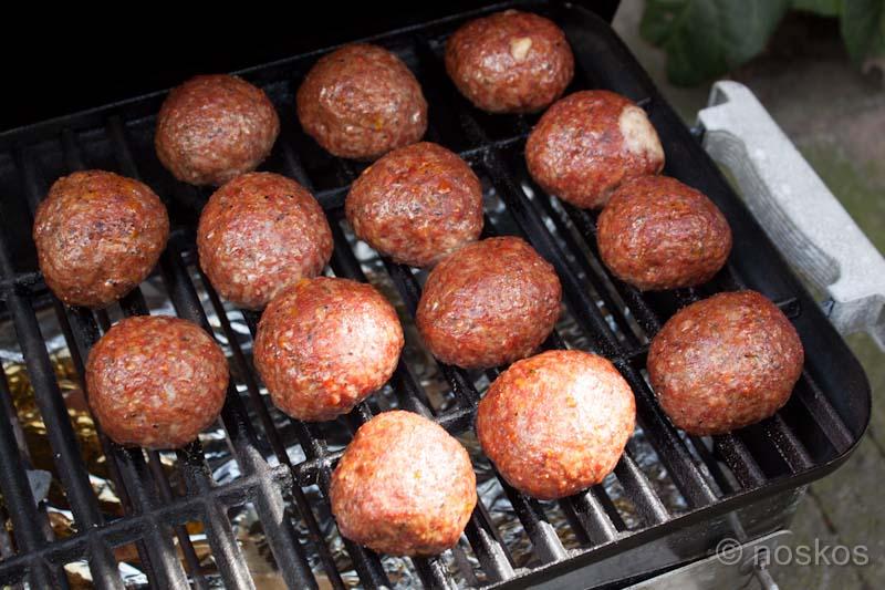 Sea Turtle Eggs op de BBQ