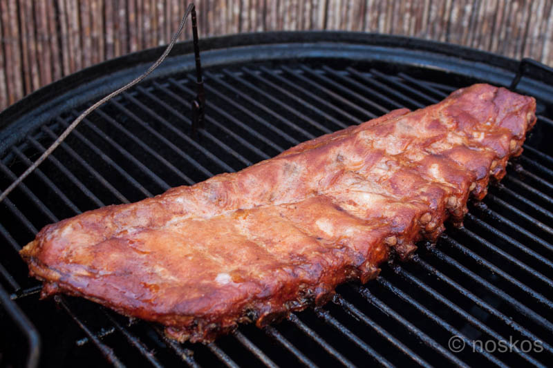 Mop the ribs