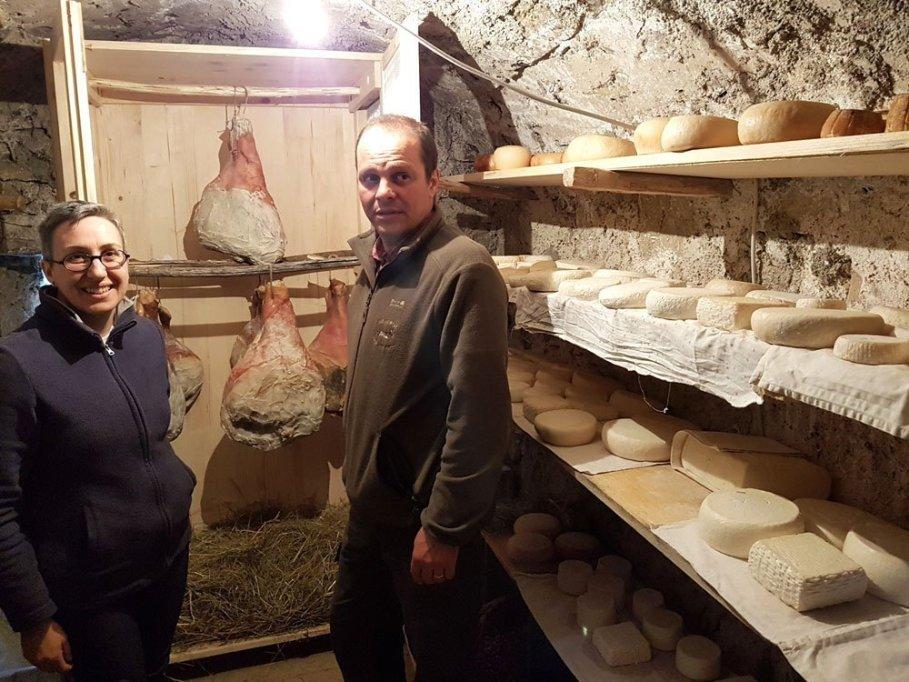 Davide e Luisa in cantina a Capovalle