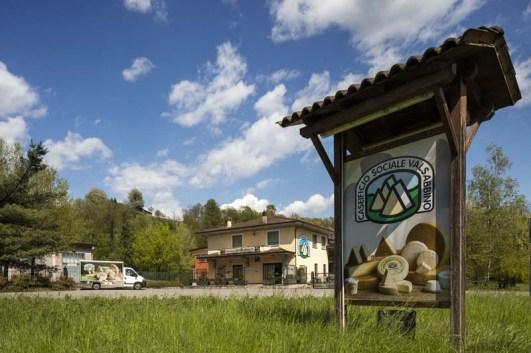 Entrata caseificio sociale della ValleSabbia situato a Sabbio Chiese