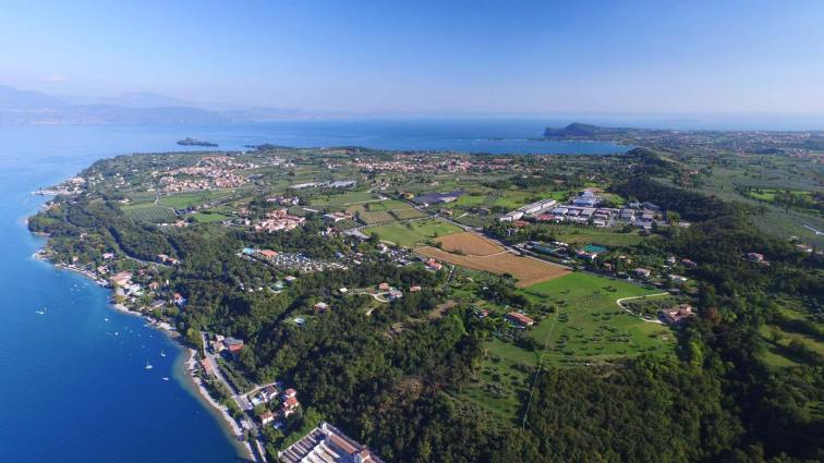 Vista del lago di Garda da Salò